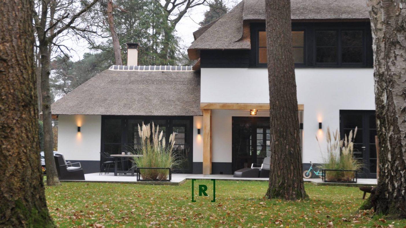 Bostuin_kindvriendelijk_modern_simpel_utrecht-bilthoven-eindhoven-Antwerpen-plantframes_tuinontwerper-hovenier-tuinarchitect_1.jpg